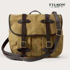 画像1: フィルソン ラージショルダーバッグ(カーキ)/Filson Medium Field Bag(Tan) (1)