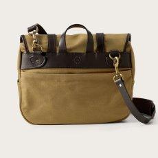 画像2: フィルソン ラージショルダーバッグ(カーキ)/Filson Medium Field Bag(Tan) (2)