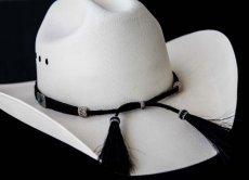 画像2: ブラックホースヘアー&5シルバー・ターコイズコンチョ ハット バンド/Horse Hair w/Conchos Hat Band(Black) (2)