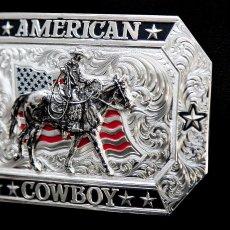 画像2: モンタナシルバースミス アメリカン カウボーイ フラッグ・ホースライディング ベルト バックル/Montana Silversmiths American Cowboy Flag Belt Buckle (2)