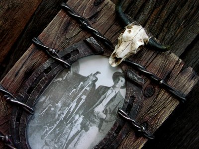 画像2: ウエスタン・ホースシュー&スカルフォトフレーム(写真立て)/Horseshoe Skull Photo Frame