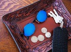 画像2: ウエスタン フィリグリー レザー アクセサリー トレイ(フローラルブラウン・ターコイズ)/Hand Carved Leather Catchall Tray(Brown/Turquoise) (2)