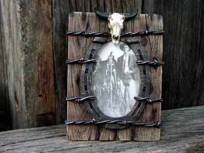 画像1: ウエスタン・ホースシュー&スカルフォトフレーム(写真立て)/Horseshoe Skull Photo Frame