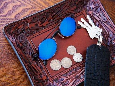 画像2: ウエスタン フィリグリー レザー アクセサリー トレイ(フローラルブラウン・ターコイズ)/Hand Carved Leather Catchall Tray(Brown/Turquoise)