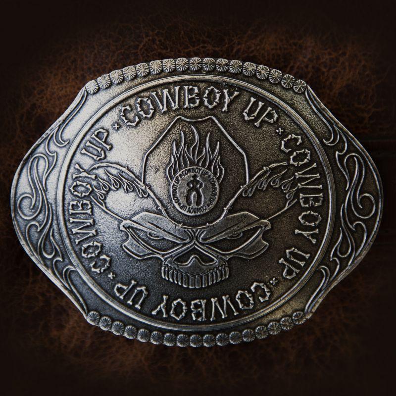 画像1: モンタナシルバースミス ラージサイズ ベルト バックル カウボーイアップ/Montana Silversmiths Belt Buckle Cowboy Up Skull (1)