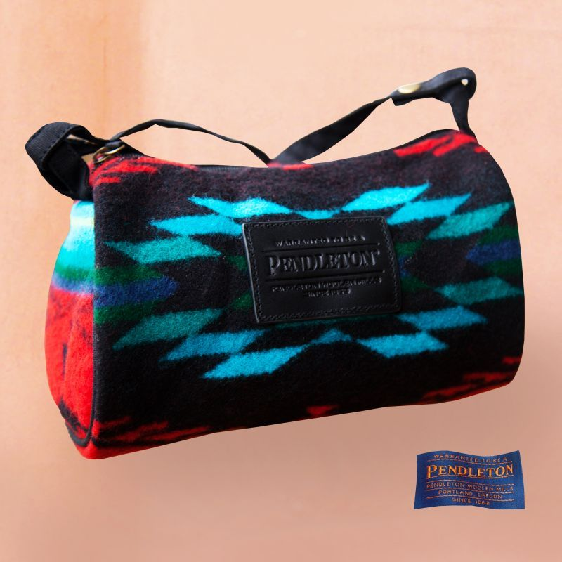 画像1: ペンドルトン ドップ バッグ(Red Spirit of the Peoples)/Pendleton Dopp Bag With Strap