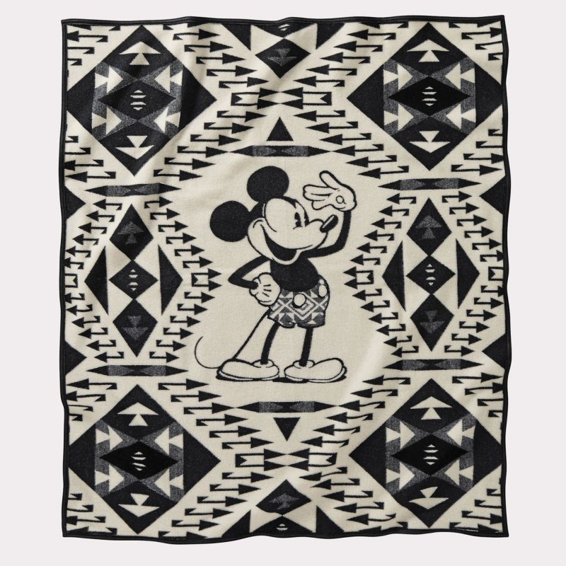 画像1: ペンドルトン ミッキーマウス サルート スロー ブランケット/Pendleton Disney's Mickeys Salute Throw