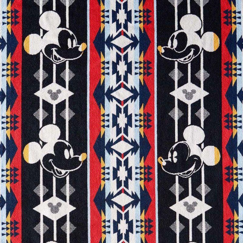 画像3: ペンドルトン ディズニー ミッキーマウス スルーザイヤー ジャガードバスタオル(グレー)/Pendleton Disney's Mickey Through The Year Spa Towel(Grey)