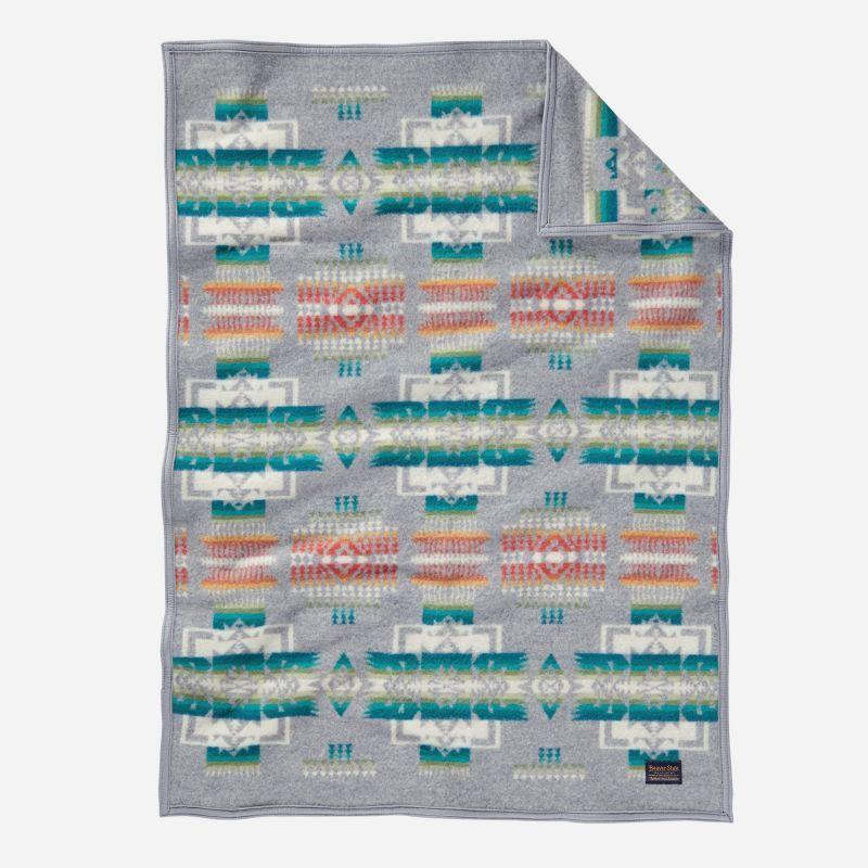画像1: ペンドルトン チーフジョセフ ムチャチョ ブランケット(グレー)/Pendleton Chief Joseph Muchacho Blanket(Grey) (1)