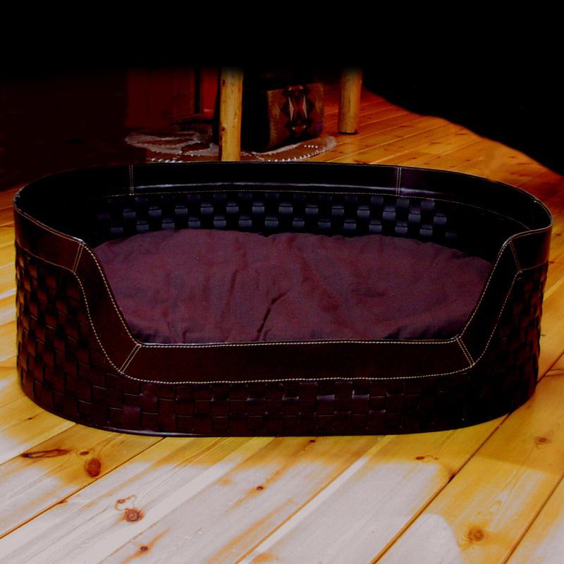 画像1: 手編み レザー ドッグベッド(牛革製愛犬用インテリアベッド)XLサイズ/Leather Dog Bed (1)