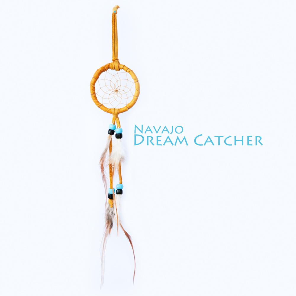 画像1: アメリカインディアン ナバホ族 鹿革製 ハンドメイド ドリームキャッチャー 6cm(タン/ライトブルー・ブラック)/Navajo Hand Made Dream Catcher (1)