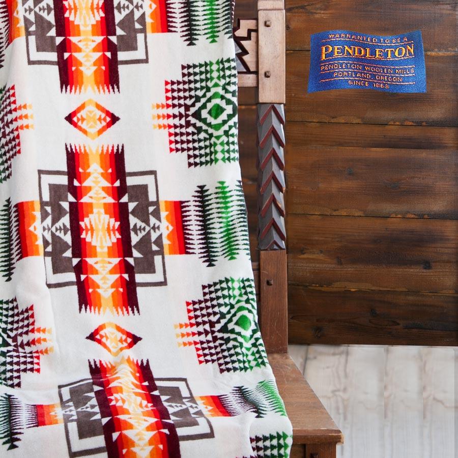 画像1: PENDLETON ペンドルトン ジャガードバスタオル(チーフジョセフ アイボリー)/Pendleton Chief Joseph Spa Towel(Ivory) (1)