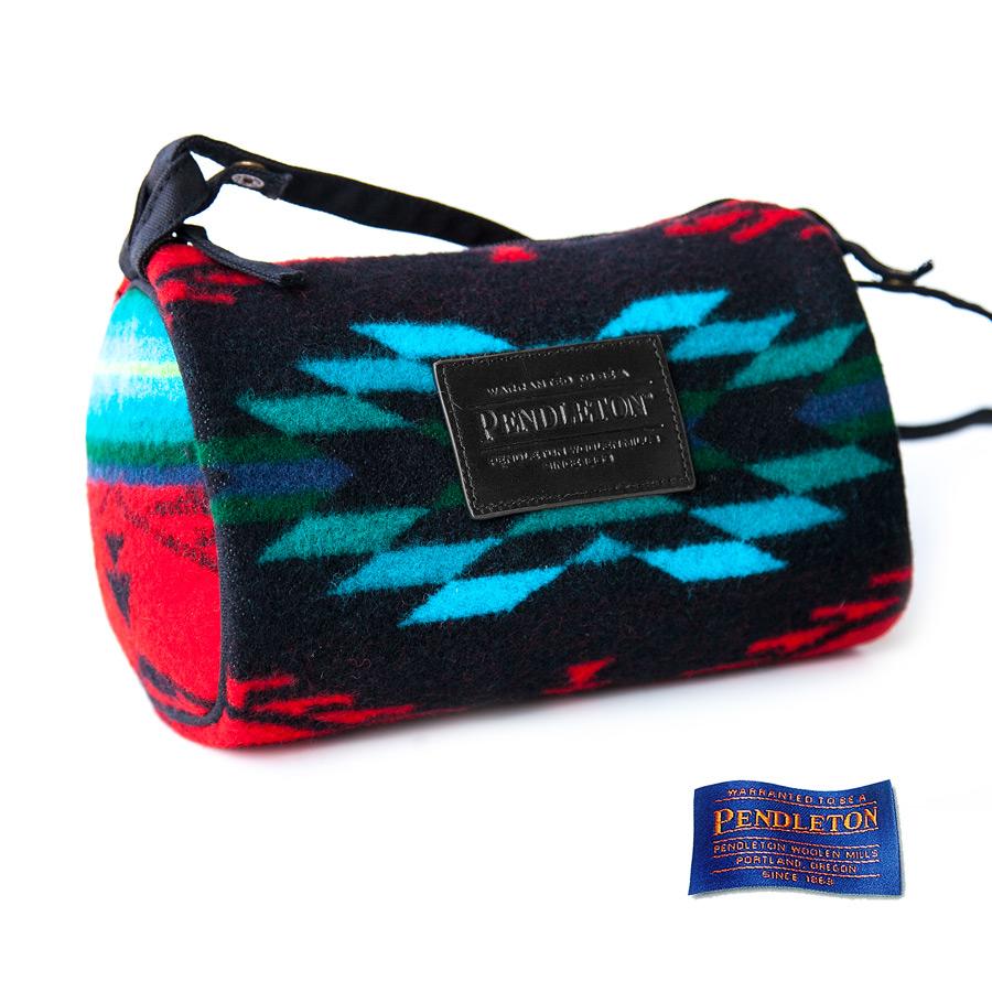 画像1: ペンドルトン ドップ バッグ (レッド スピリットオブザピープル)/Pendleton Dopp Bag With Strap(Red Spirit of the Peoples) (1)
